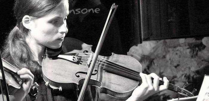 Ioana Pecingina violinist