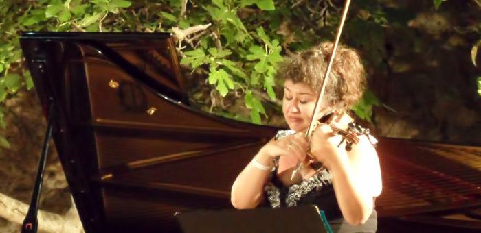 Radmila Petrova violinist
